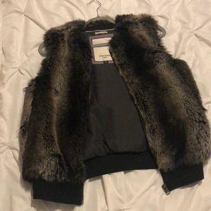 Tommy humdinger faux fur vest